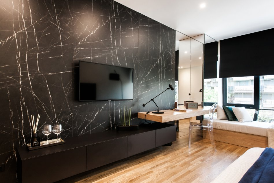 Glyfada Luxury Suite One picture