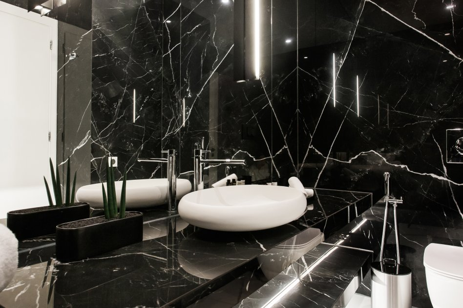 Glyfada Luxury Suite Two picture