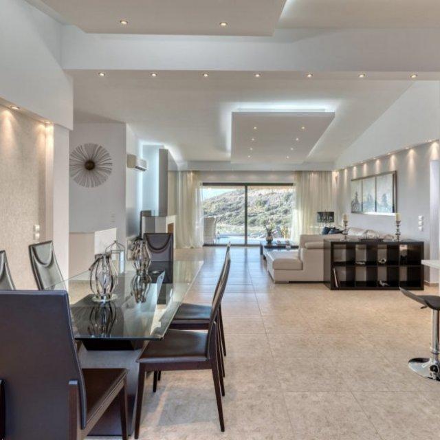 Luxurious Villa Solaris Next To The Beach - Athens Riviera